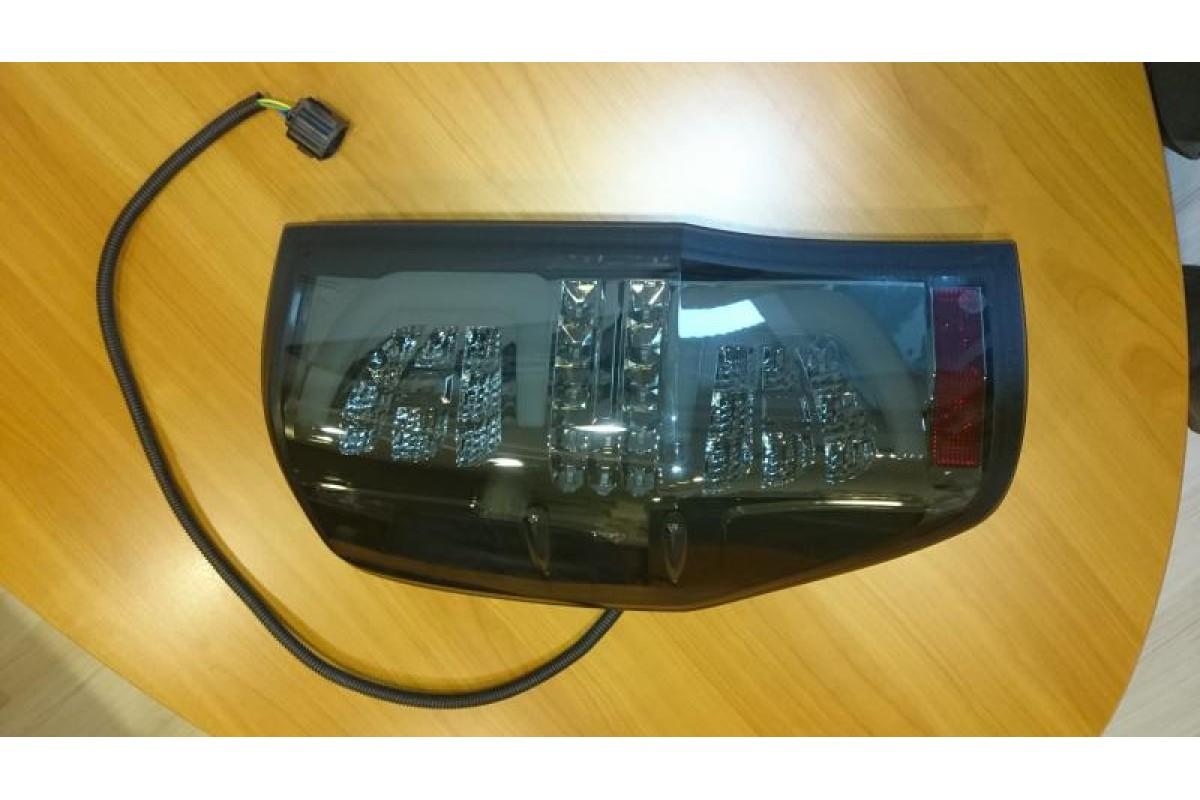 LED hátsó lámpa füst színű